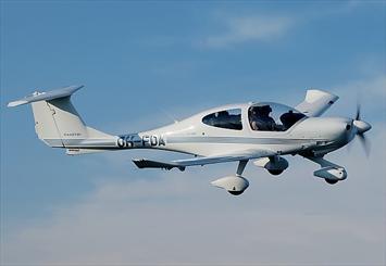 آموزش سالانه 25 خلبان در باشگاه سبلان پرواز اردبیل/ ضرورت احداث باند خصوصی