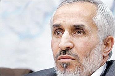 داود احمدینژاد از کاندیداتوری در انتخابات ریاستجمهوری انصراف داد