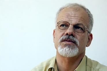 عباس جهانگیریان با «پسران نان و نمک» به نمایشگاه کتاب میآید