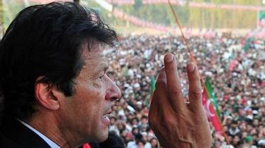 عمران خان کا رائیونڈ کی طرف لانگ مارچ کرنے کا اعلان