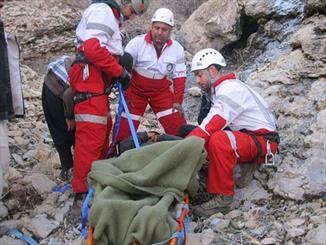 نجات زن کوهنورد در ارتفاعات توچال/سرمازدگی علت حادثه