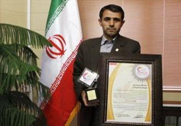 شهردار اردبیل به عنوان شهردار برتر ایران تجلیل شد