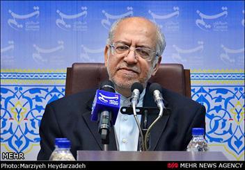 ستاد روحانی گزارشی از تخلف انتخاباتی نداشته است/ مشکل شایعات و دروغها است