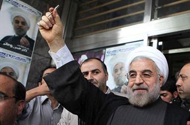 انتخابات، حلقه رندان را سیاسی کرد/ 2 شعر درباره کلید حسن روحانی