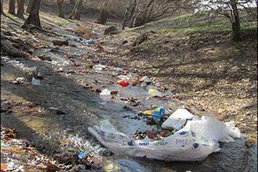 رودخانه دلمبر مبدل به دره زباله شده است/ نوستالوژی بر باد رفته