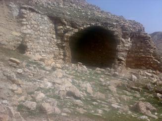"""قلعه """"انجیر"""" دهلران نیازمند ثبت ملی/ اثری با استحکام دوره ساسانی"""