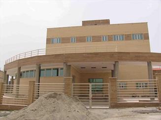 پروژه کتابخانه شهید باهنر بروجرد 7 ساله شد/ کمبود اعتبار برای تکمیل پروژه
