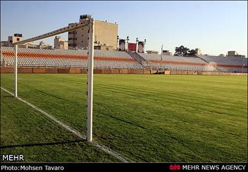درهای ورزشگاه حافظیه هشت صبح فردا باز می شود/ بلیط بازی فجر و پرسپولیس پنج هزار تومان