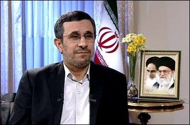 محمود احمدی نژاد به جمع راهیان نور پیوست