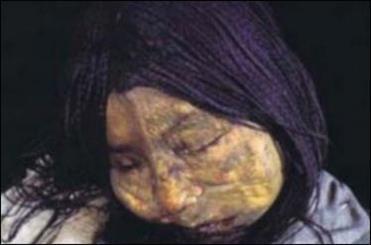 راز مرگ کودکان 500 سال یخ زده کشف شد/ تصاویری از بدن سالم کودکان یخی