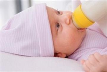 شیر نارگیل بهترین جایگزین بعد از شیر مادر