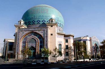 نشست درس هایی از حکمت های قرآنی در کتابخانه حسینیه ارشاد