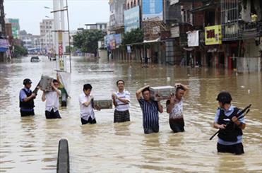 چین میں شدید بارشوں اور سیلاب سے 17 افراد ہلاک