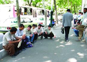 گزارش وزرای روحانی از بحران بیکاری/ 43 درصد خانوار تهرانی بیکار دارند!