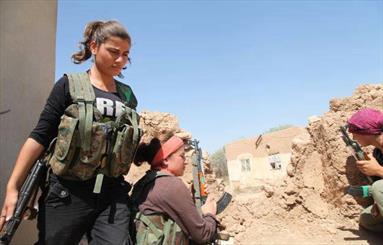 حضور زنان سوری در جبهه نبرد علیه تروریستهای بیگانه
