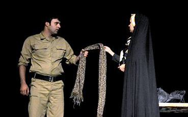 رونق تئاتر دفاع مقدس دراهواز/ استقبال از سوگواره ملی تئاتر میدانی