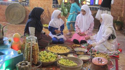 جشنواره جوزغند کار خود را در نراق آغار کرد/ ثبت ملی جوزغند خواست ساکنان نراق