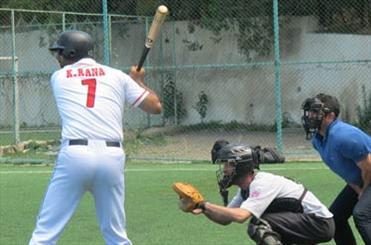 یک مربی ژاپنی هدایت بیسبال نوجوانان ایران را بر عهده میگیرد