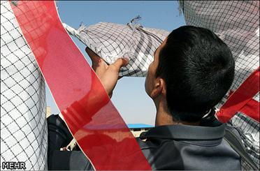 100 دانش آموز آوجی به مناطق عملیاتی اعزام شدند