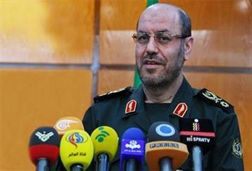 وزير الدفاع يؤكد استمرار البرامج الصاروخية الايرانية