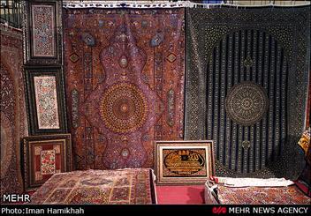 نمایشگاه فرش دستباف فارس در شیراز افتتاح شد