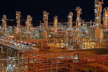تسارع وتيرة زيارات وفود الشركات النفطية الاوروبية الى ايران