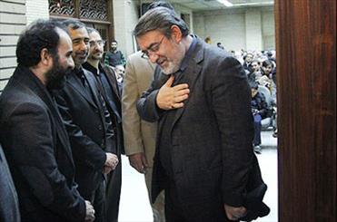 اهالی قلم و سیاست در مراسم ترحیم پدر رضا امیرخانی شرکت کردند/ حضور فرزند رهبر انقلاب