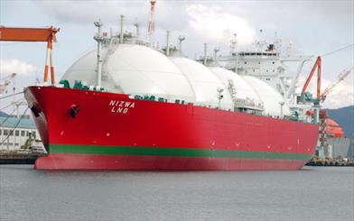 تاکتیک جدید ایران برای صادرات گازمایع/ ایران 12 کشتی جدید حمل گاز خرید
