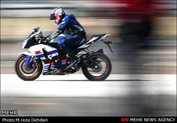 مسابقه سرعت بین  هواپیما ، اتومبیل و موتور سیکلت در شیراز
