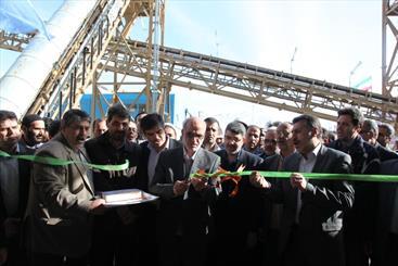 توزیع بنزین یورو 4 در اراک/ضرورت توسعه صنایع زیردستی نفت در استان مرکزی