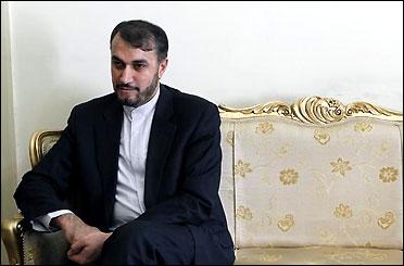 امير عبداللهيان يبحث هاتفيا مع ولد الشيخ احمد موضوع وقف اطلاق النار في اليمن