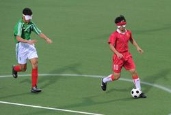 برگزاری مسابقه فوتبال ۵ نفره پیش از فینال لیگ قهرمانان اروپا