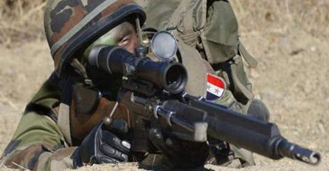 فروپاشی کامل تشکیلات جبهه النصره در یبرود/ تروریستها برای فرار به لبنان دست و پا میزنند