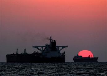 پهلودهی و بارگیری نفتکشها در جزیره خارک افزایش یافت
