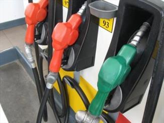 قیمت بنزین شناور نمی شود
