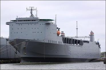 Alman kargo gemisinden 8 kişi kaçırıldı