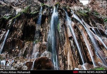 بزرگترین آبشار چشمه ای جهان نفس کشید/ جدایی قلیان از مارگون