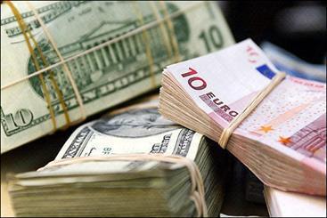 ماجرای مداخله 20 میلیارد دلاری در بازار ارز/ جهانگیری: صدای رانتیها از سایرین بلندتر است!