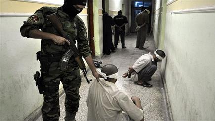 """الكشف عن عدد مقاتلي وعوائل """"داعش"""" العرب والاجانب المعتقلين في العراق"""