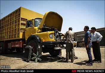 زندگی رانندگان کامیون در جاده ها