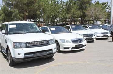 توصیه رهبر انقلاب به دولت درباره واردات خودروهای گرانقیمت