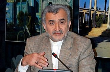 اهدای لوح تقدیر انجمن روابط عمومی ایران به باقر سخایی