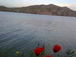 جاری شدن دوباره سرریز سدماملو در رودخانه قرچک