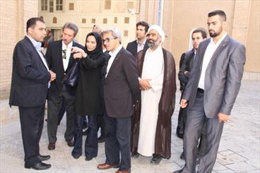 معماری در اصفهان با تمام احساسات بیان شده/ فعالیت مسیحیان در ایران مثالزدنی است