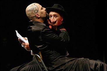 اجرای «هملت» در پیکولوی میلان/ هزینهای که ایتالیاییها برای تئاتر ایران کردند