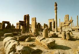 Excavations uncover ancient gate in Persepolis