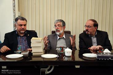 Iraqi famous Shi'ism Scholar visits Islamic Encyclopedia Foundation