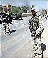 ايك عراقي جج نے دو برطانوي فوجيوں كي گرفتاري كے وارنٹ جاري كئے ہيں
