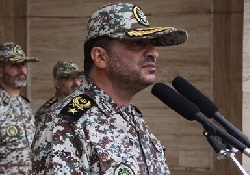 قائد مقرخاتم الانبياء (ص) للدفاع الجوي يتفقد منطقة الدفاع الجوي جنوب شرق ايران