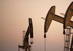 ارتفاع أسعار النفط بفعل العدوان السعودي على اليمن